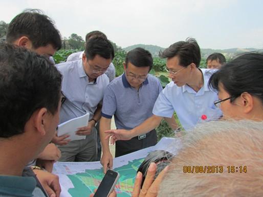 刘兴万副市长到我区调研农业园区建设及抗旱工作