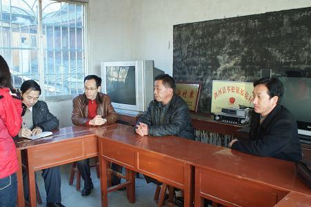 县委常委、组织部长吴一生到岑松镇展亮村调研基层组织建设年活动开展情况