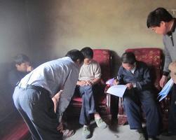 信访局领导带案下访,信访人现场签订息诉息访承诺书