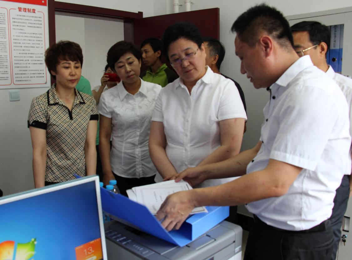 抚顺市委常委统战部长戴小梅调研检查县区宗教工作