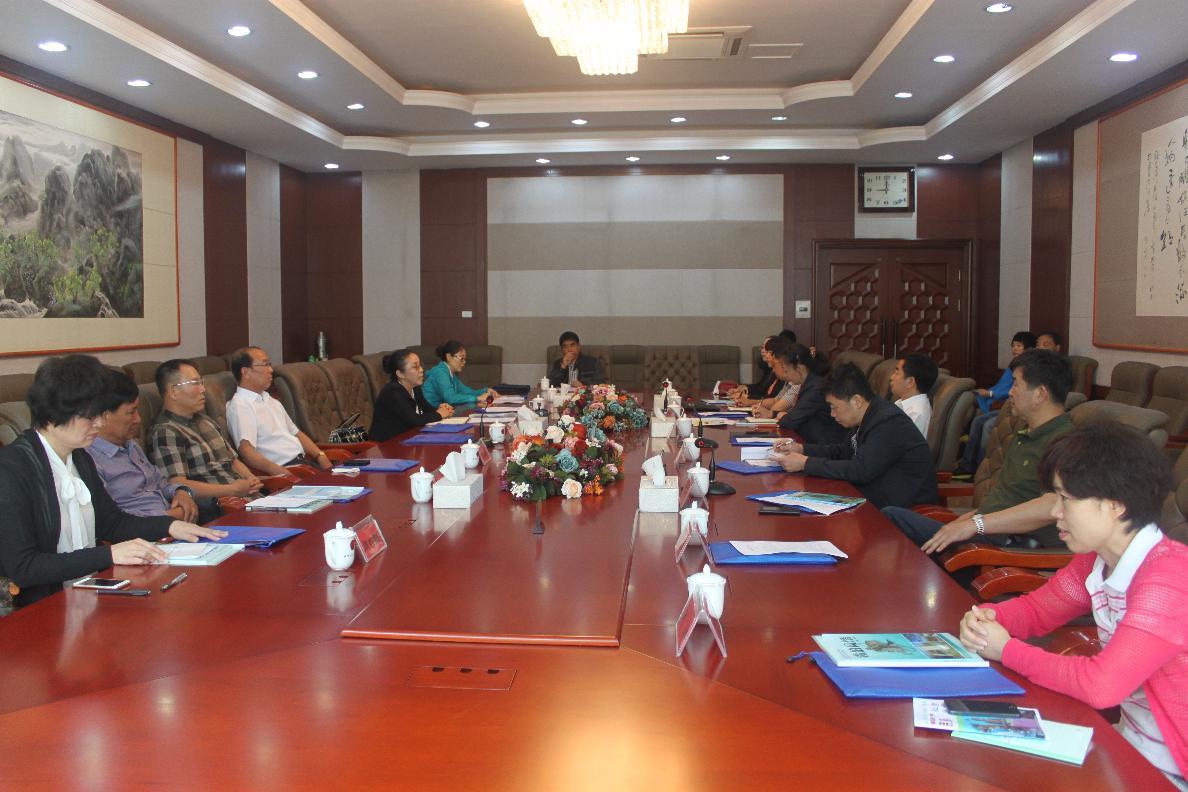 抚顺市人大常委会发挥监督职能推动全市民族教育发展