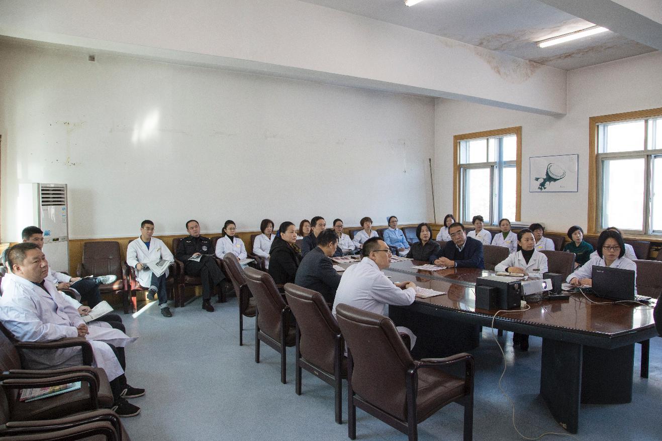 辽阳市三院学习贯彻党的十八届六中全会精神见实效