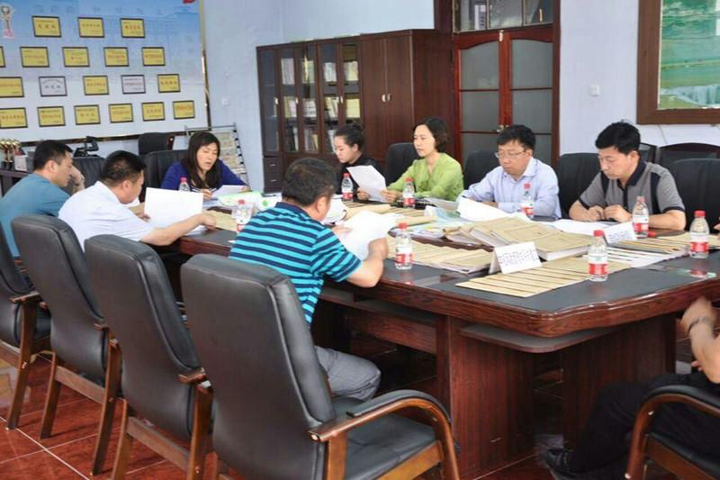 2015年5月25日在前郭县实验小学学校后勤管理工作专项督导检查