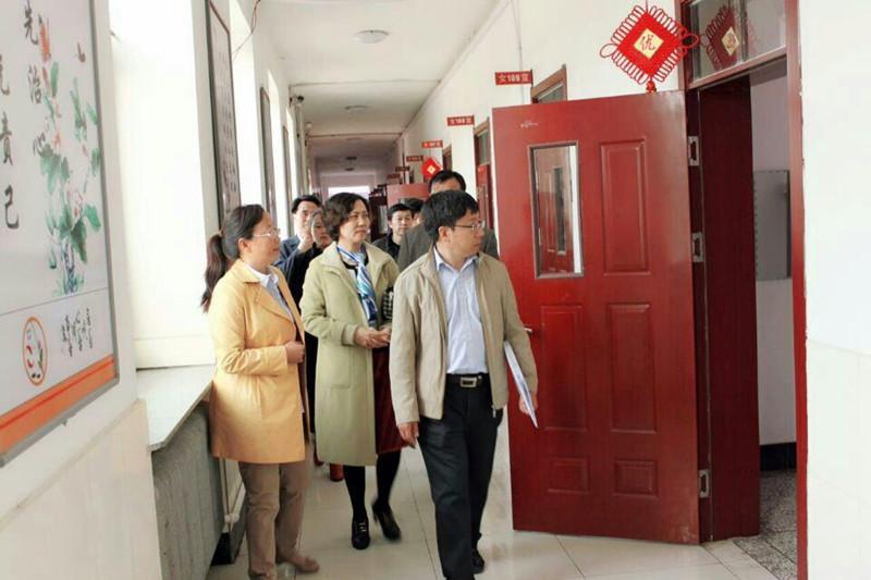 2015年5月14日在长岭县第三中学学校后勤管理工作专项督导检查