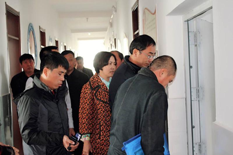 2014年11月28日省学校后勤管理中心检查组到扶余市进行检查验收