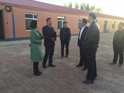 2017年10月16日省学校后勤管理中心检查组对乾安县所字镇中心校进行检查