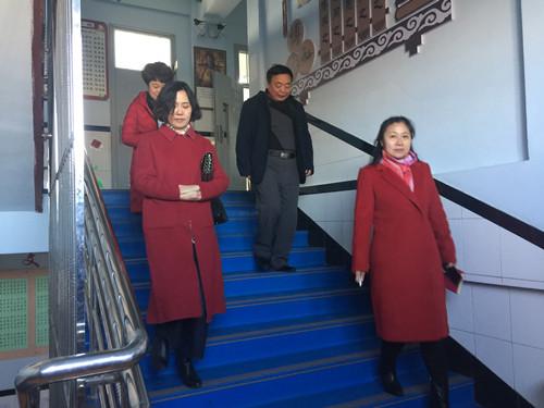2017年11月14日市学校后勤管理中心对前郭县查干花小学进行检查