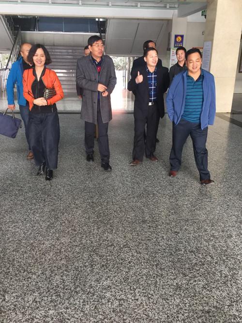 2017年10月10日对松原市实验高中食品安全工作进行检查