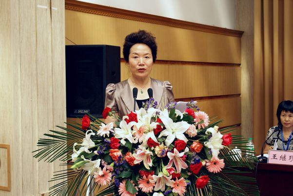 市政协副主席、民进大庆市委主委于智玲在九三学社大庆市第五次代表大会上代表兄弟党派致辞