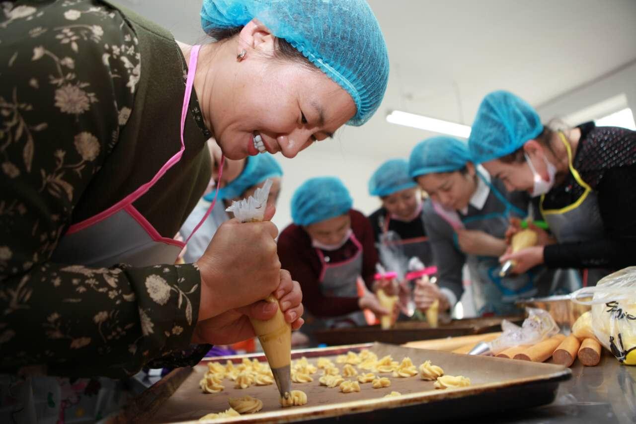 九三学社佳木斯市委迎妇女节主题活动