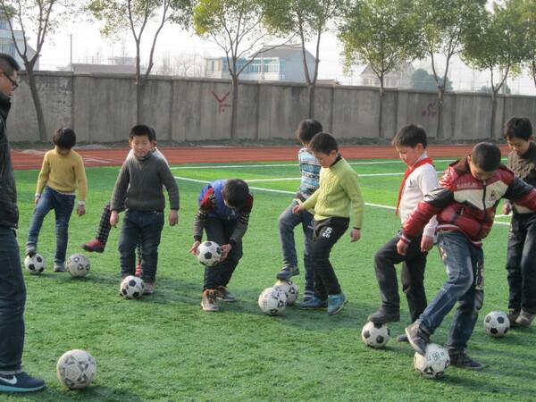 社团活动之足球活动
