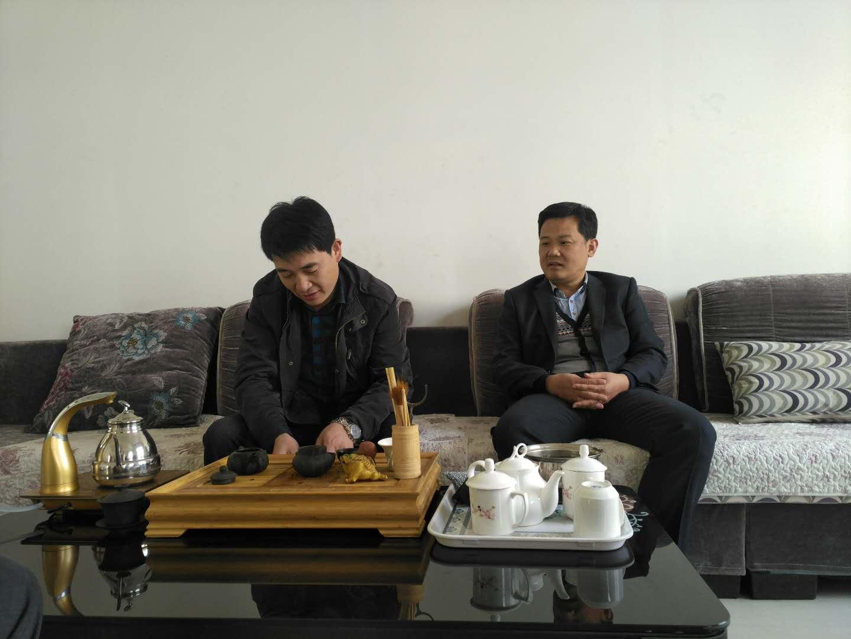 县委组织部部委会委员编办主任刘增良同志视察包扶企业美达重工