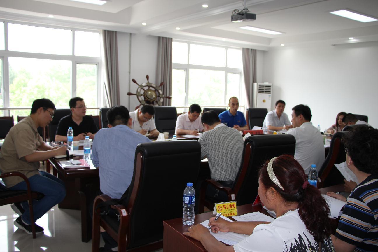 西工区2017年驻村第一书记工作推进会在红山乡召开