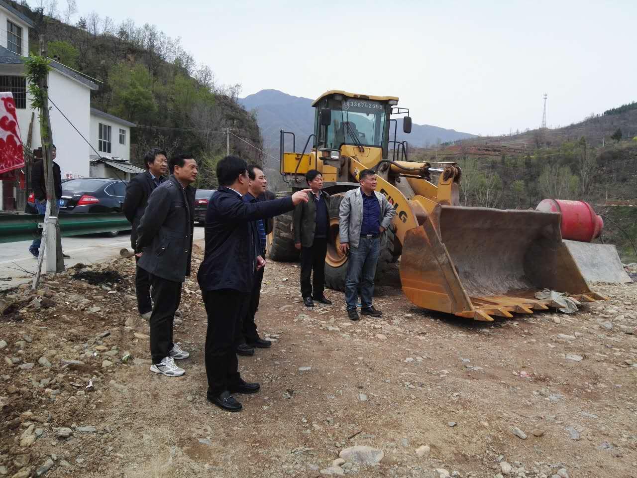华阳副县长到车村等乡镇调研安全生产工作