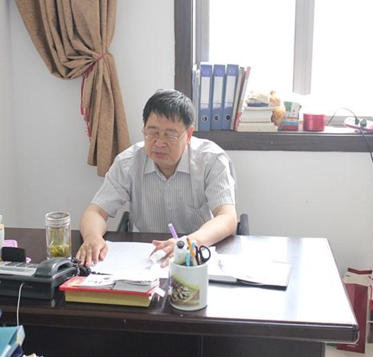 苏锡林主任讲三严三实党课
