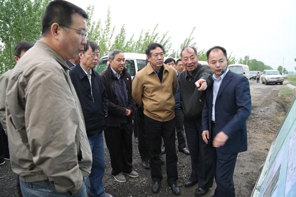 徐辉副主席莅濮调研黄河下游滩区综合治理工作