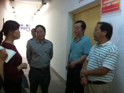 德阳市归国华侨联合会赴绵竹市调研建立群团组织社会服务中心工作开展情况