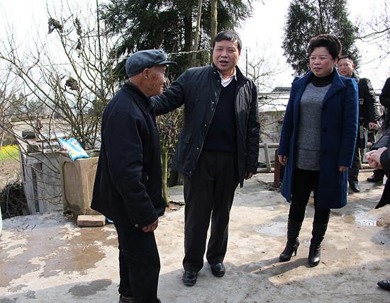 青祖辉到大厂镇开展春节慰问