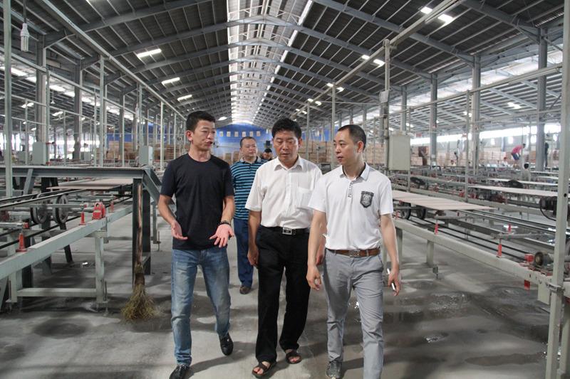 政协主席葛传彦带队到江西考察陶瓷企业