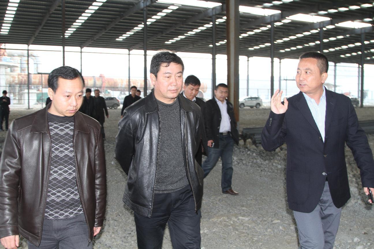 政协主席葛传彦、县委常委、政府常务副县长张东到金门陶瓷园区海美斯调研
