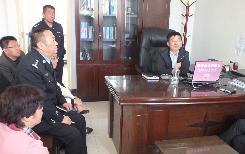 刘宝平书记在政法各部门进行调研